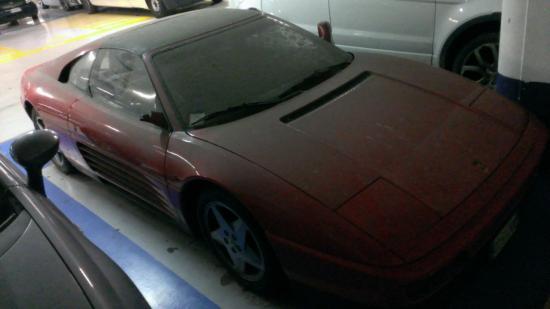 Ferrari 348 verlaten bologna 02